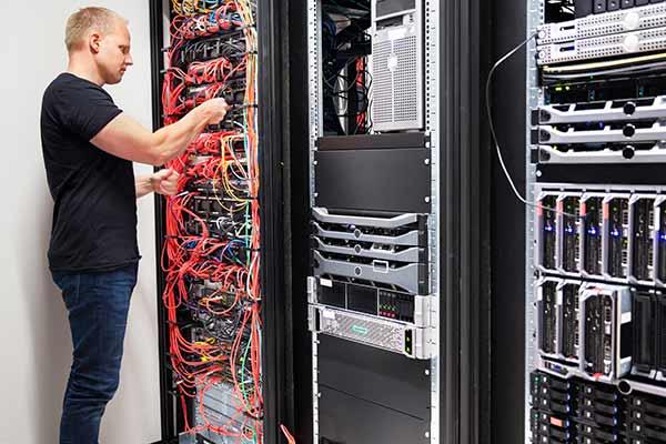 Data Cabling Expert