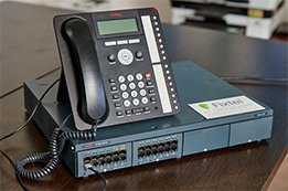 IP & DIGITAL PHONE HANDSETS